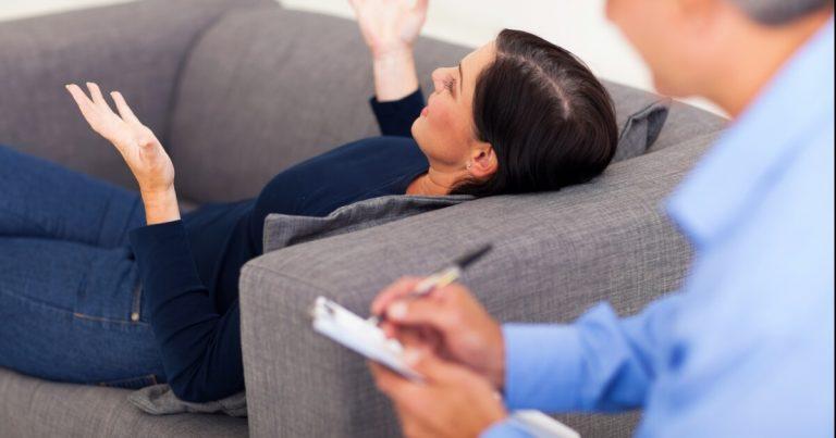 terapia prin hipnoza